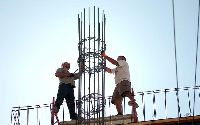 Cieśle i stolarze budowlani, cieśla szalunkowy