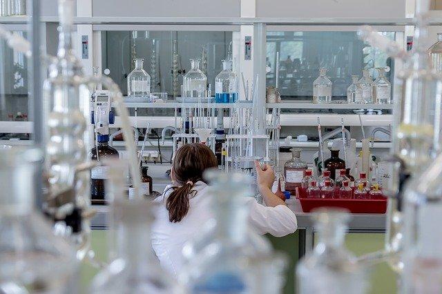 Kierownik laboratorium badawczego
