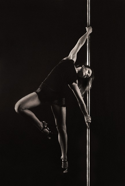 Instruktor pole dance
