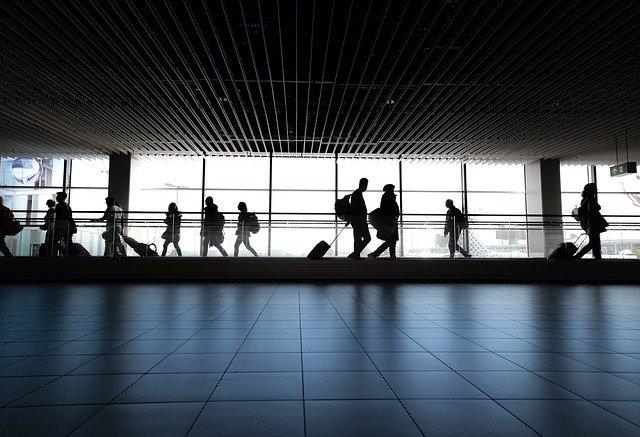 Strażnik ochrony lotniska
