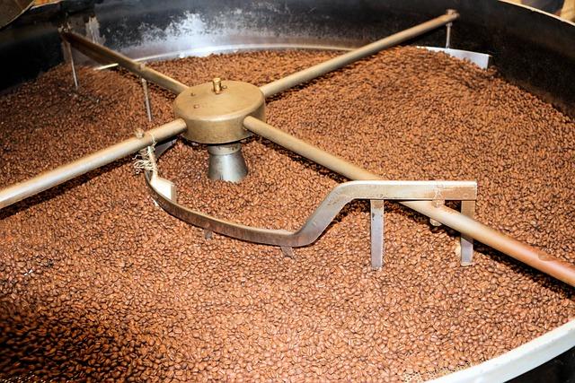 Operator urządzeń do przetwórstwa kawy